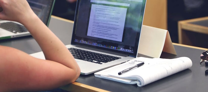 notes-macbook-study-conference